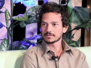 Caloncho participó en un programa universitario