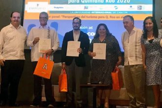 "Conferencia ""Perspectivas Turísticas para Quintana Roo"""